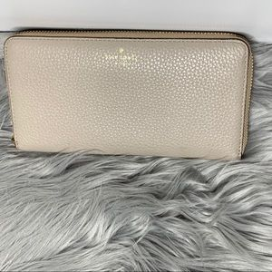 Kate Spade Pebbled Leather Taupe Tan Wallet Zip